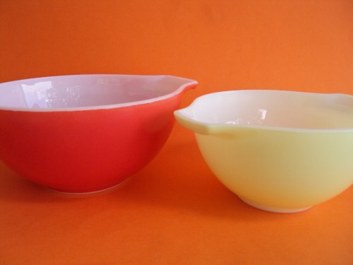 Pair of JAJ pyrex mixing bowls