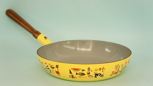 Retro Belgian cast-iron pan